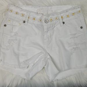 Cute Yellow Daisy White Distressed Jeans Shorts